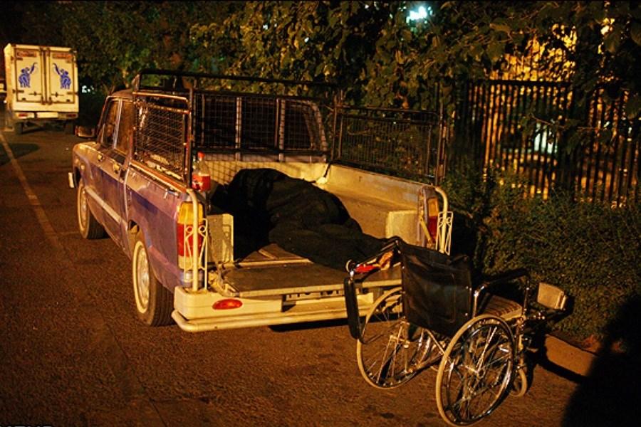 همراهان بیماران از همراه سراهای رایگان خبر ندارند/ ماشین خوابی و اسکان در کوچه