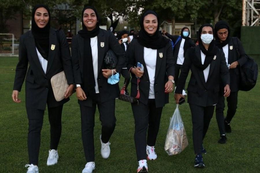واکنش عجیب نماینده مجلس به لباس تیم فوتبال زنان