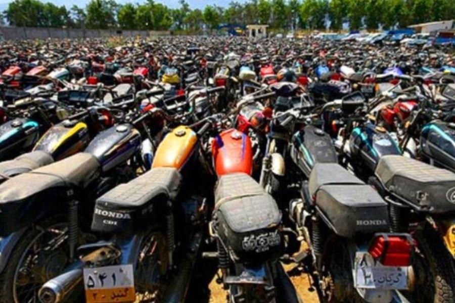 ۹۷۷ دستگاه موتورسیکلت توقیفی ترخیص شدند