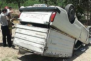 تصویر  یک کشته در پی واژگونی وانت پیکان در محور ازنا_الیگودرز