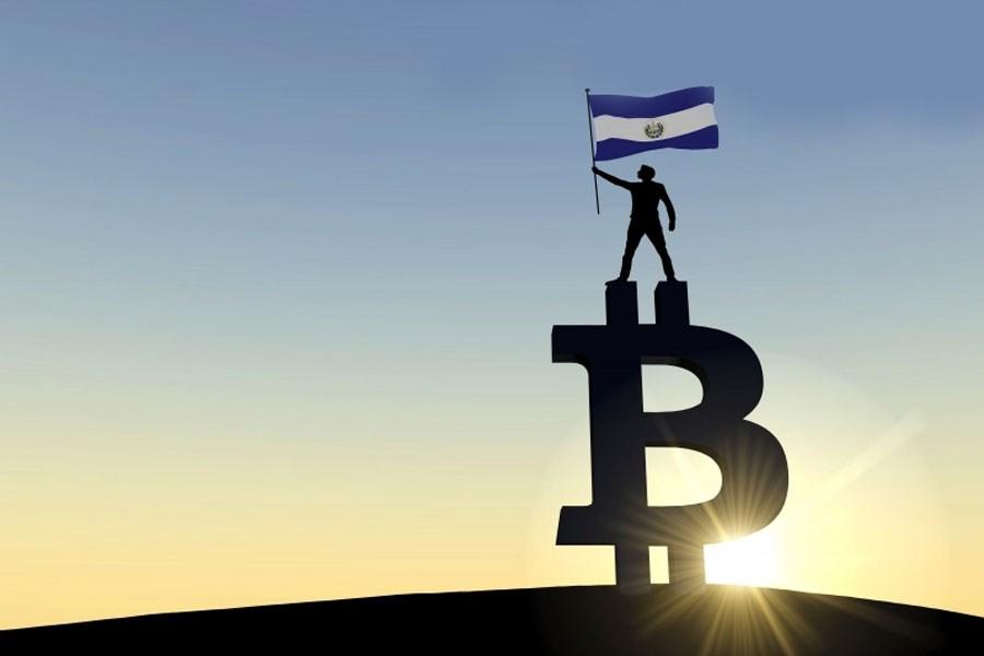 تصویر با کاهش قیمت بیت کوین به 45 هزار دلار، السالوادور دوباره خریداری می کند