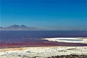 تصویر  زیباییهای شورترین دریاچه ایران