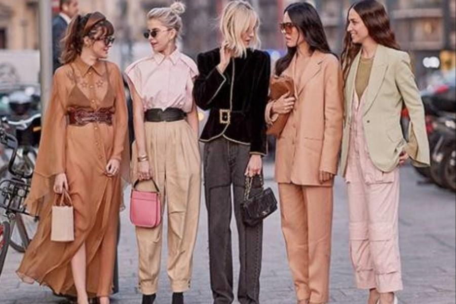 تصویر چه لباس هایی بپوشیم تا لاغرتر به نظر برسیم؟
