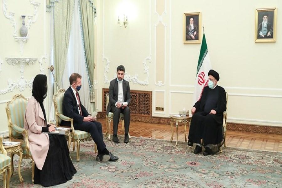 تصویر ملت ایران زیر بار زور هیچ کشوری نمی رود و پاسخ قاطع خواهند داد