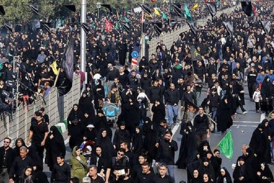 جاماندگان اربعین طی مسیر راهپیمایی در پایتخت واکسینه میشوند