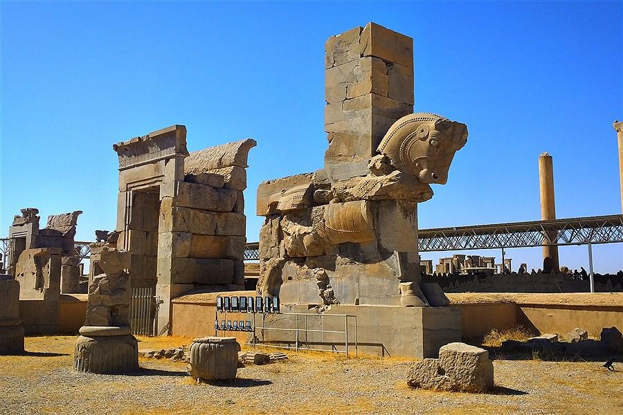 دروازه تمدن ایران زمین از دریچه دوربین پرسون