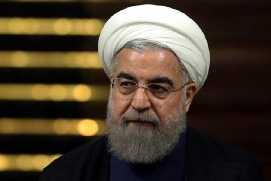 تصویر روحانی با ۸ سال دولت در آفتاب کاری نکرد؛ میخواهد دولت در سایه تشکیل دهد؟!