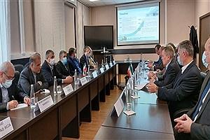 تصویر  بازدید رئیس سازمان انرژی اتمی از آکادمی علوم هستهای روسیه