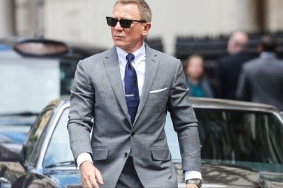 جیمز باند در انتظار فروش آغازین ۹۰میلیون دلاری