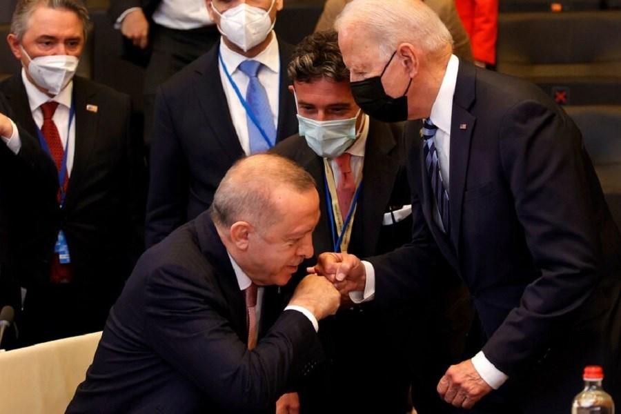 آمریکا پول ترکیه را پس بدهد