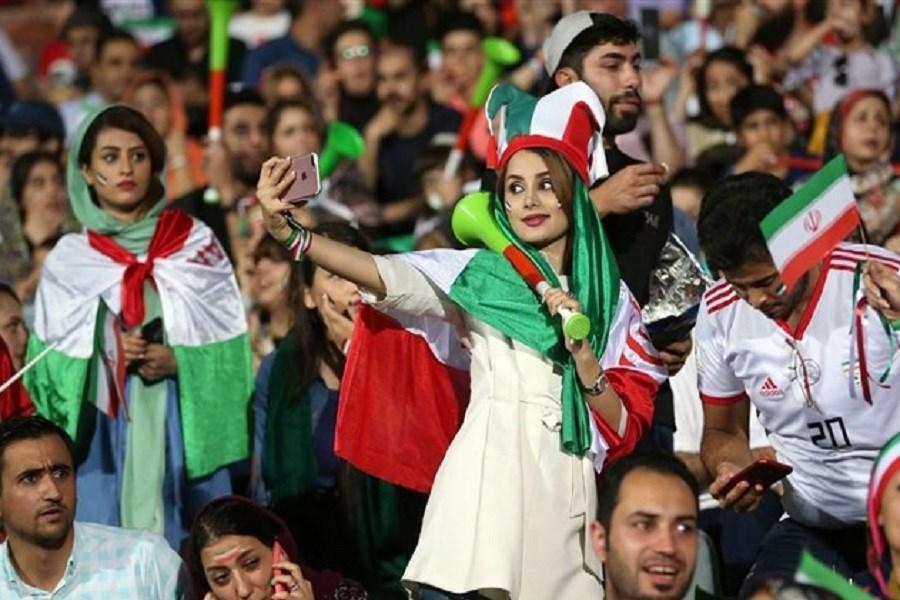 برگزاری دیدار تیمهای ملی فوتبال ایران و کره جنوبی با حضور تماشاگران