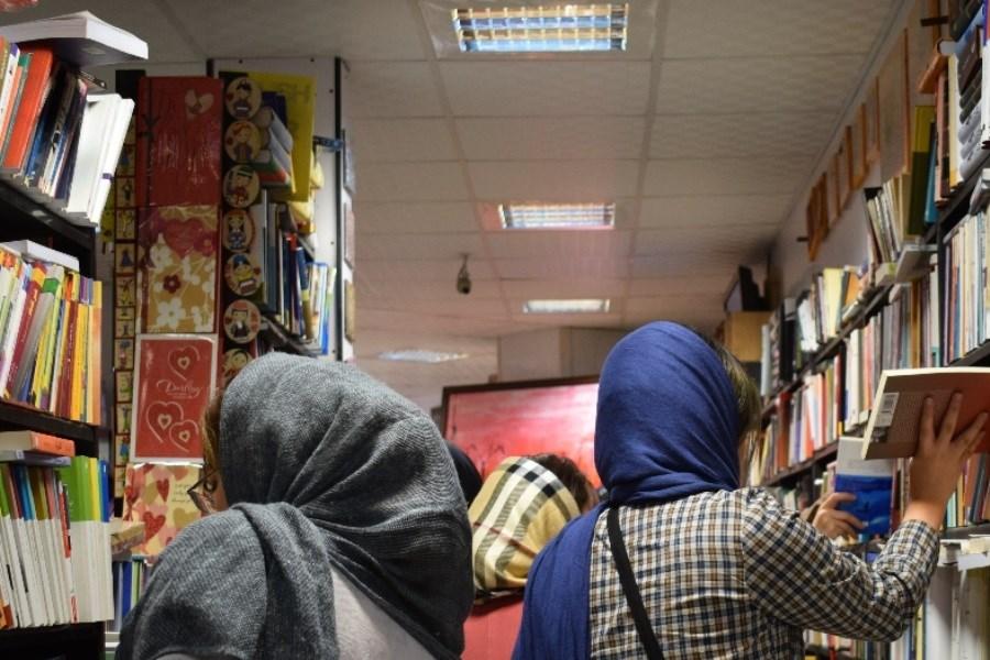 اولین کتابخانه عمومی سیار در استان قزوین راهاندازی شد