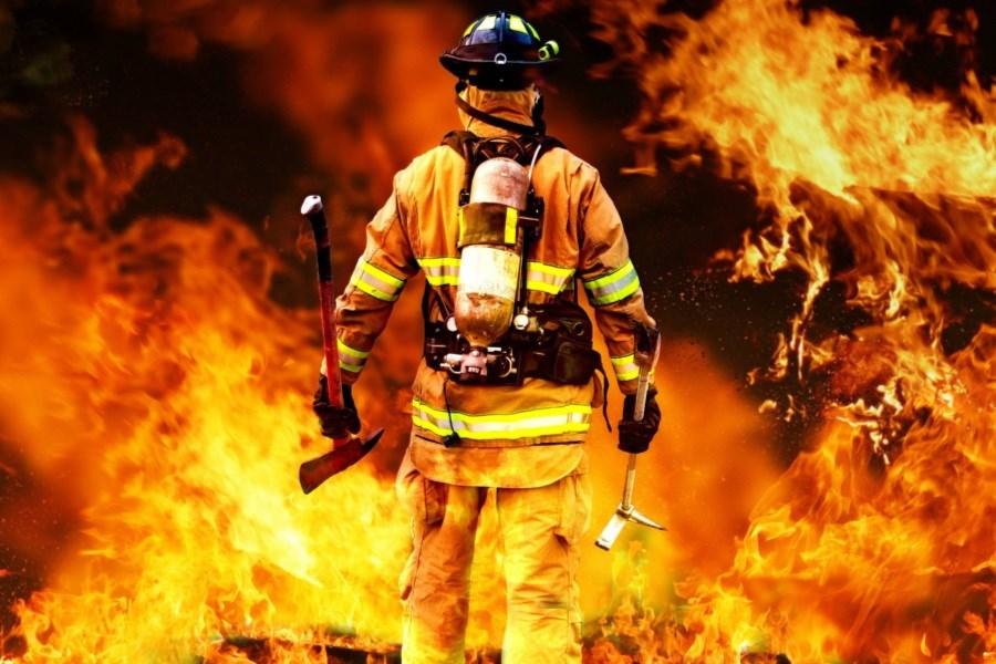 تصویر یک مدرسه در بندرعباس دچار آتش سوزی شد