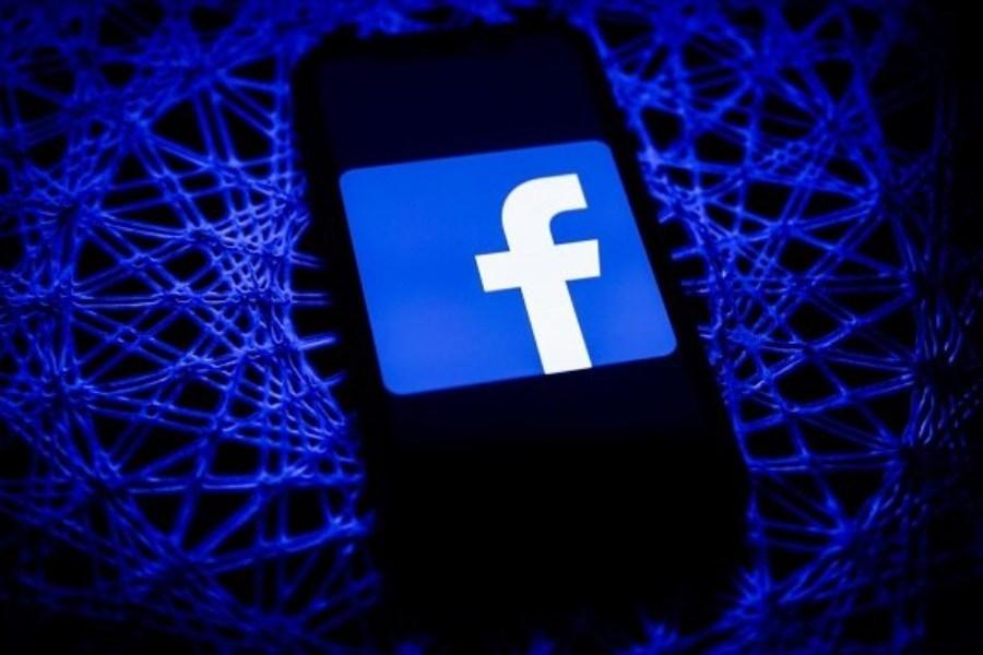 تصویر فیسبوک دلیل قطعی اینستاگرام و واتس اپ را اعلام کرد