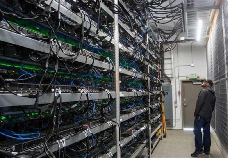 استخراج ۳ بیت کوین توسط ماینرهای شرکت بورس تهران