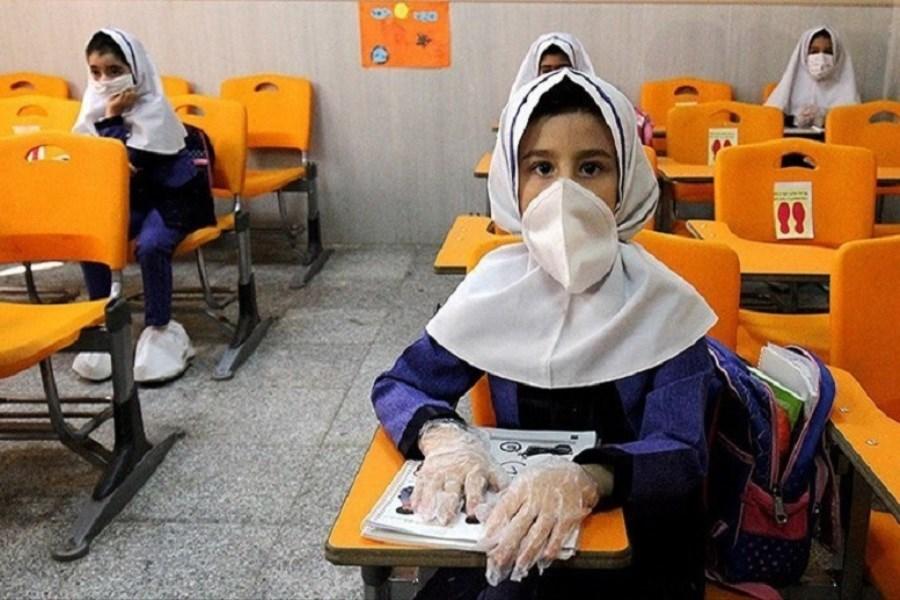 بازگشایی همه مدارس کشور از نیمه دوم آبانماه