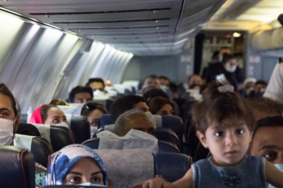 چرا پروتکلهای کرونایی در پروازهای داخلی رعایت نمیشود؟