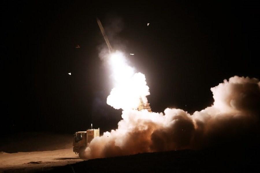 شلیک موفقیت آمیز سامانههای «جوشن و خاتم» پدافند هوایی ارتش به اهداف متخاصم