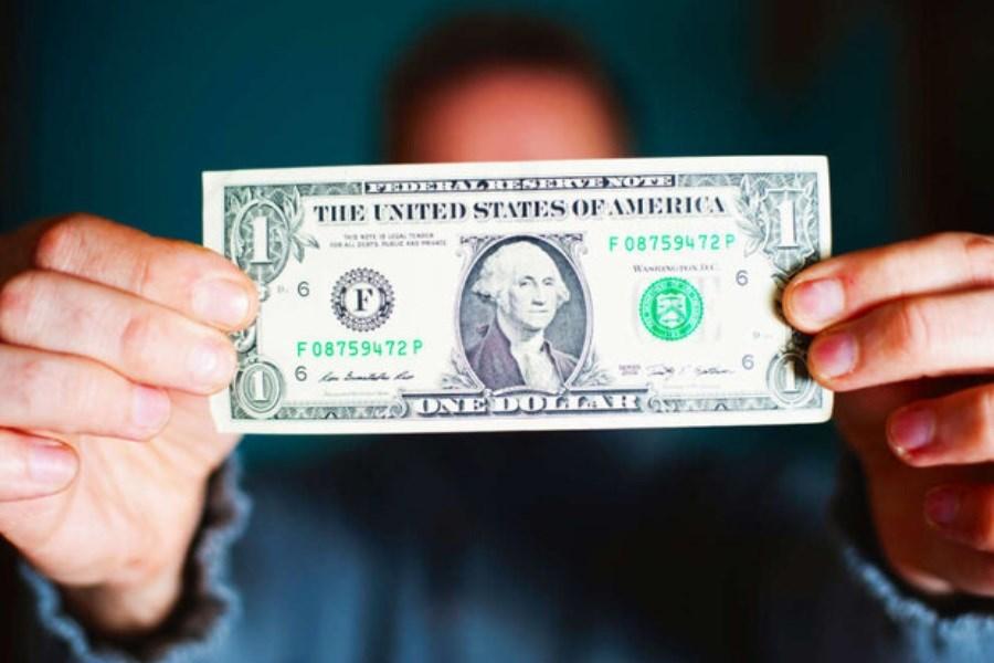 تصویر دلار افت و یوآن چین رشد کرد
