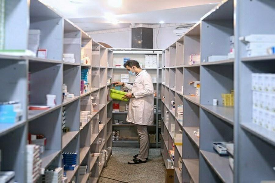 مؤسس ۱۰۰۰ داروخانه کشور، مقامات دولتی هستند
