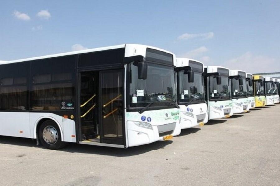 تصویر اختصاص ۶۰۰ میلیارد ریال تسهیلات بهمنظور تجهیز ناوگان اتوبوسرانی اراک