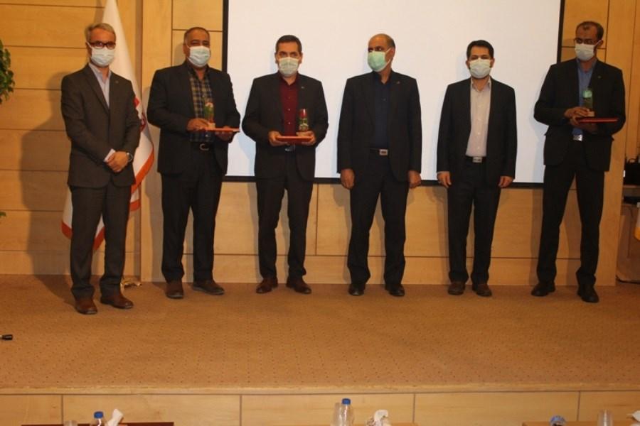تقدیر از روسای شعب برتر بانک مسکن استان