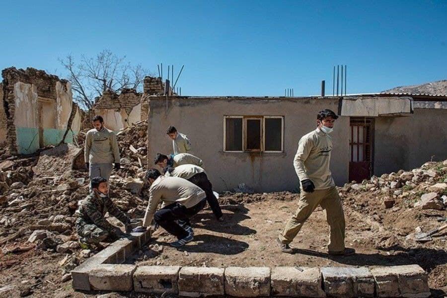 گروههای جهادی برای ساخت و ترمیم خانههای زلزلهزده کوهرنگ اعلام آمادگی کردند