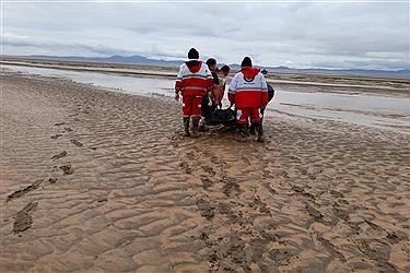 تصویر نجات قربانیان سیل در یزد به روایت تصویر