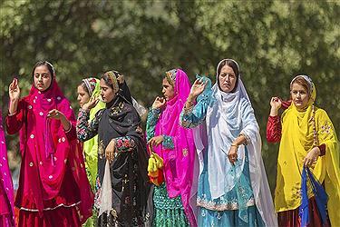 تصویر جشنواره هزار رنگ در عروسی عشایر بازفت