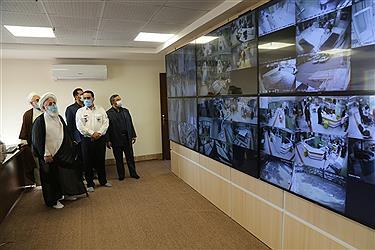 تصویر بازدید امام جمعه از اورژانس یزد